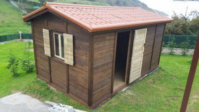 Caseta madera tratada