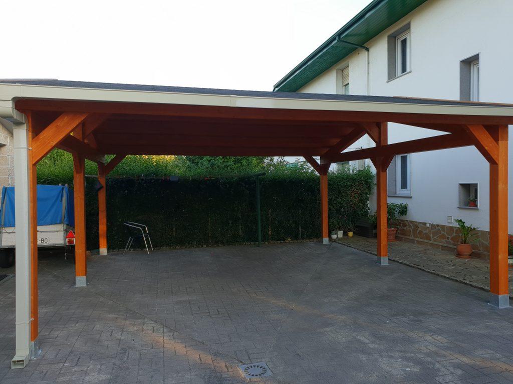 garaje de madera laminada